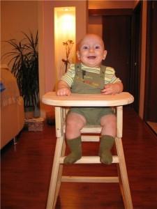 Нужен ли стульчик для кормления