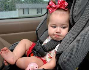 Поездка в транспорте, и что делать, когда укачало ребенка