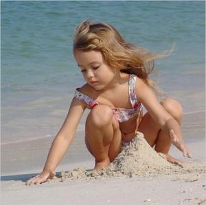 Отдых на море и пляжные развлечения для деток